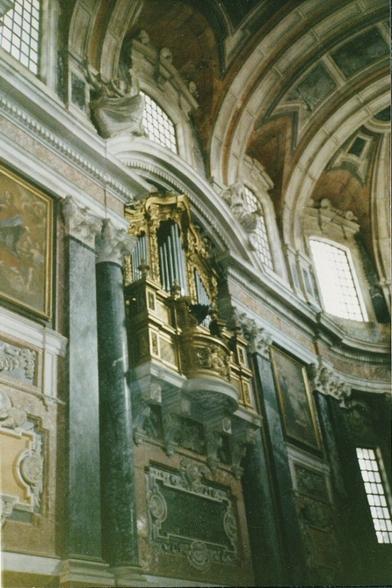 EVORA CATHEDRAL - ALTAR ORGAN, 1985 TOUR