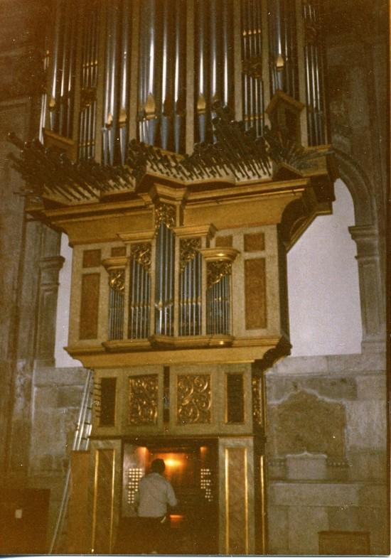 LISBON CATHEDRAL 1964/2012 Flentrop organ with Joseph Bertolozzi, 1985