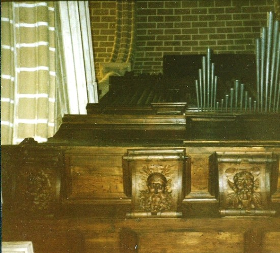 EVORA CATHEDRAL - GREAT ORGAN, UNDERNEATH OF ORGAN CASE LEFT, 1985 TOUR