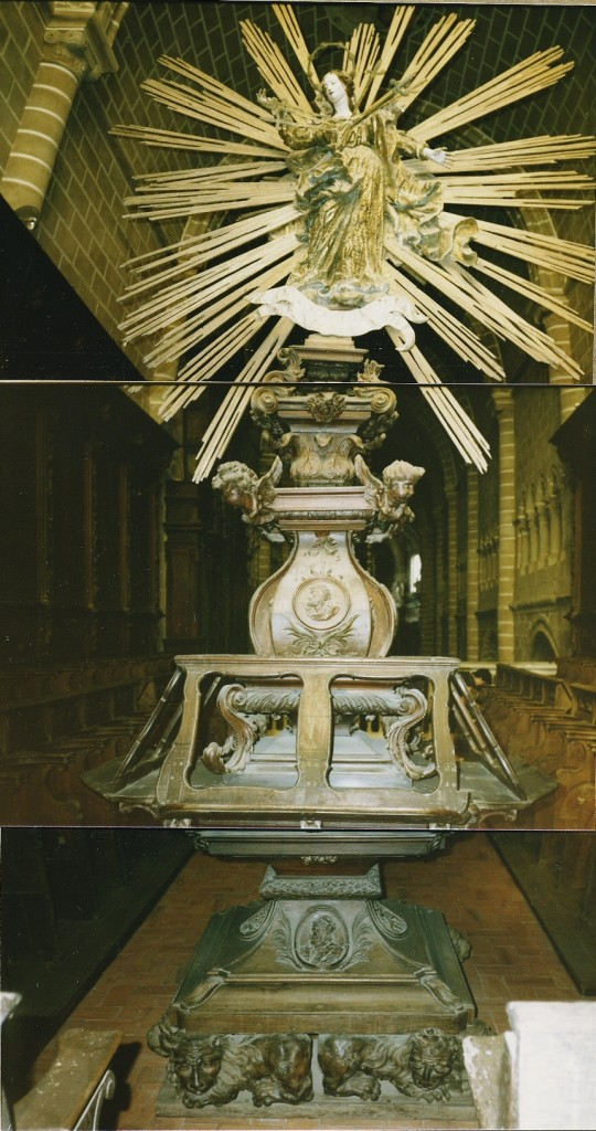 EVORA CATHEDRAL - MUSIC STAND, 1985 TOUR